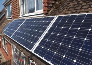 Telepítsen napelemet bolygónk megmentéséért!